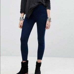 Urban Outfitters BDG High Rise Cigarette Jeans 26